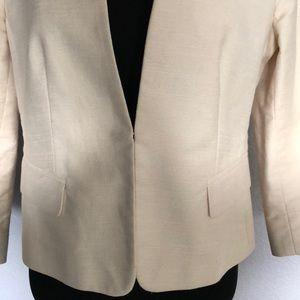 Ann Taylor Jackets & Coats - Ann Taylor Cropped Blazer!